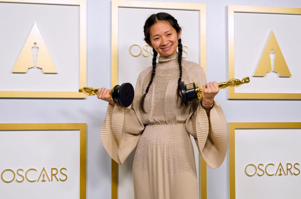 """""""Nomadland"""", marele câștigător al Galei Oscar 2021. Din 6 nominalizări, pelicula a obținut 3 premii"""