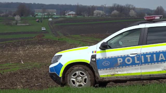 Trupul unei femei din județul Botoșani, găsit carbonizat pe un câmp, la două zile după dispariție
