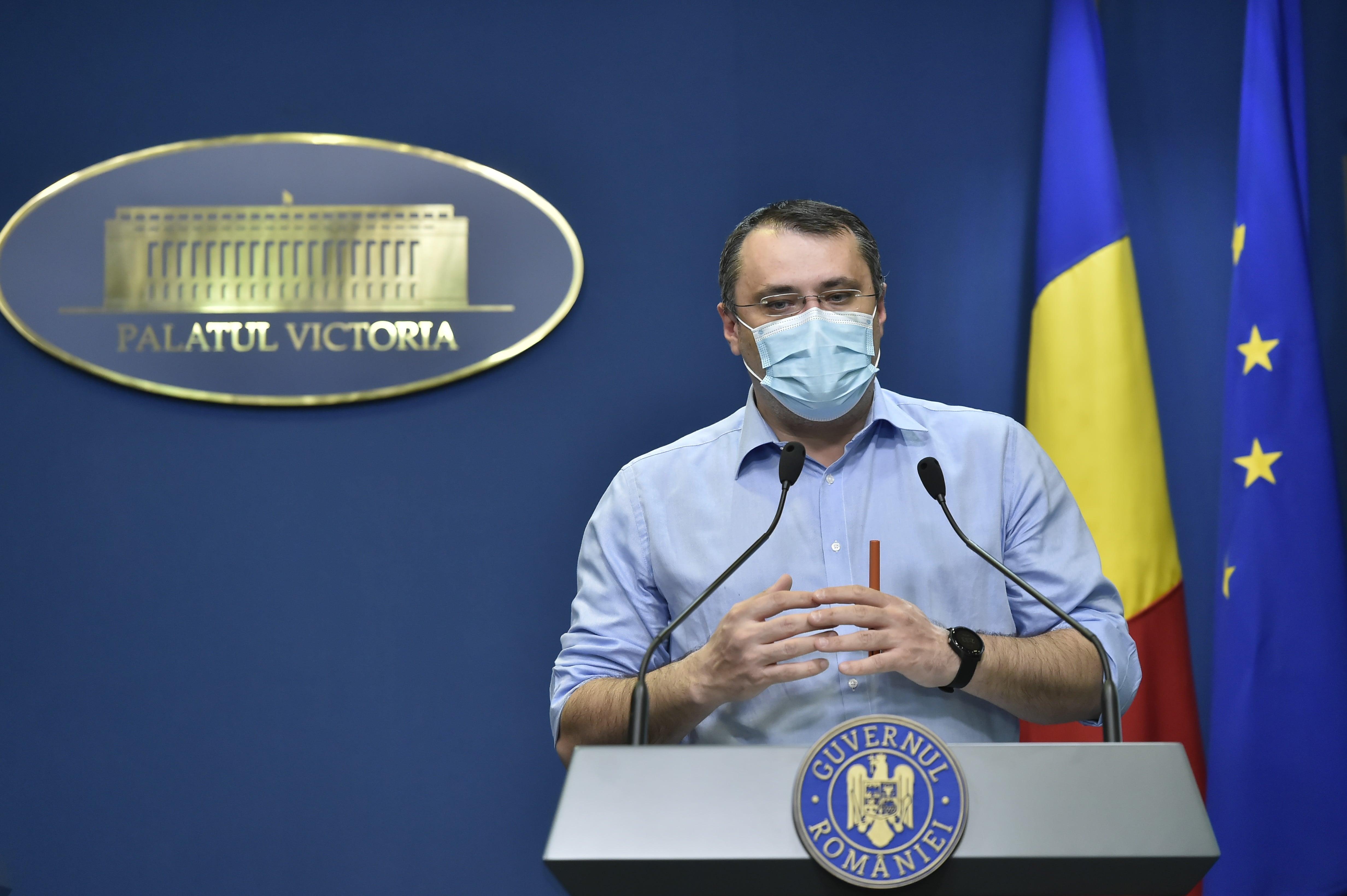 """Cristian Ghinea, despre Nicuşor Dan: Suferă de sindromul de """"Mesia din debara"""""""