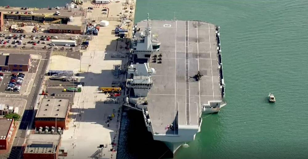 Cel mai nou portavion al Marinei Regale Britanice pleacă în prima călătorie. Scopul misiunii