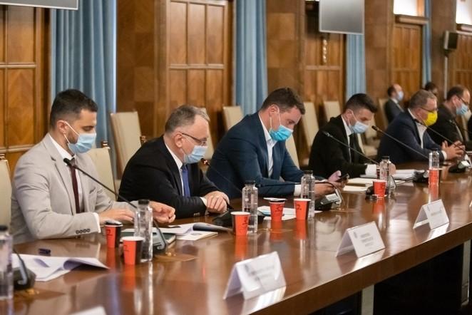 Comitetul pentru revenirea la normalitate începând cu 1 iunie se reuneşte pentru a doua oară. Ce măsuri ar putea lua