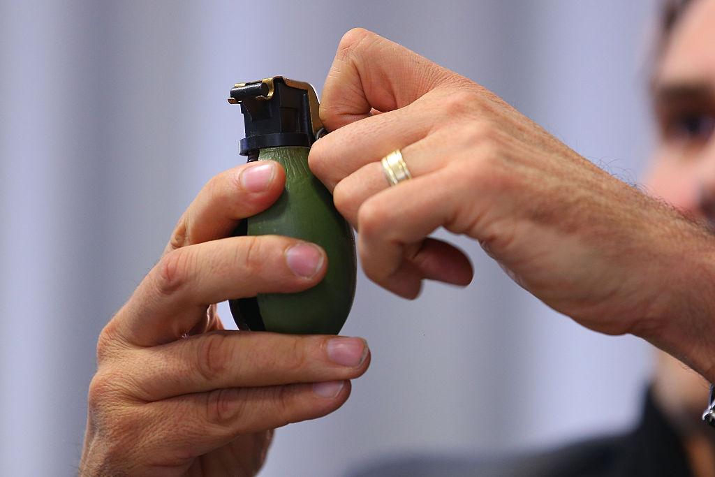 Trupele speciale din Germania, alertate după descoperirea unei grenade de mână. Incredibil ce era de fapt