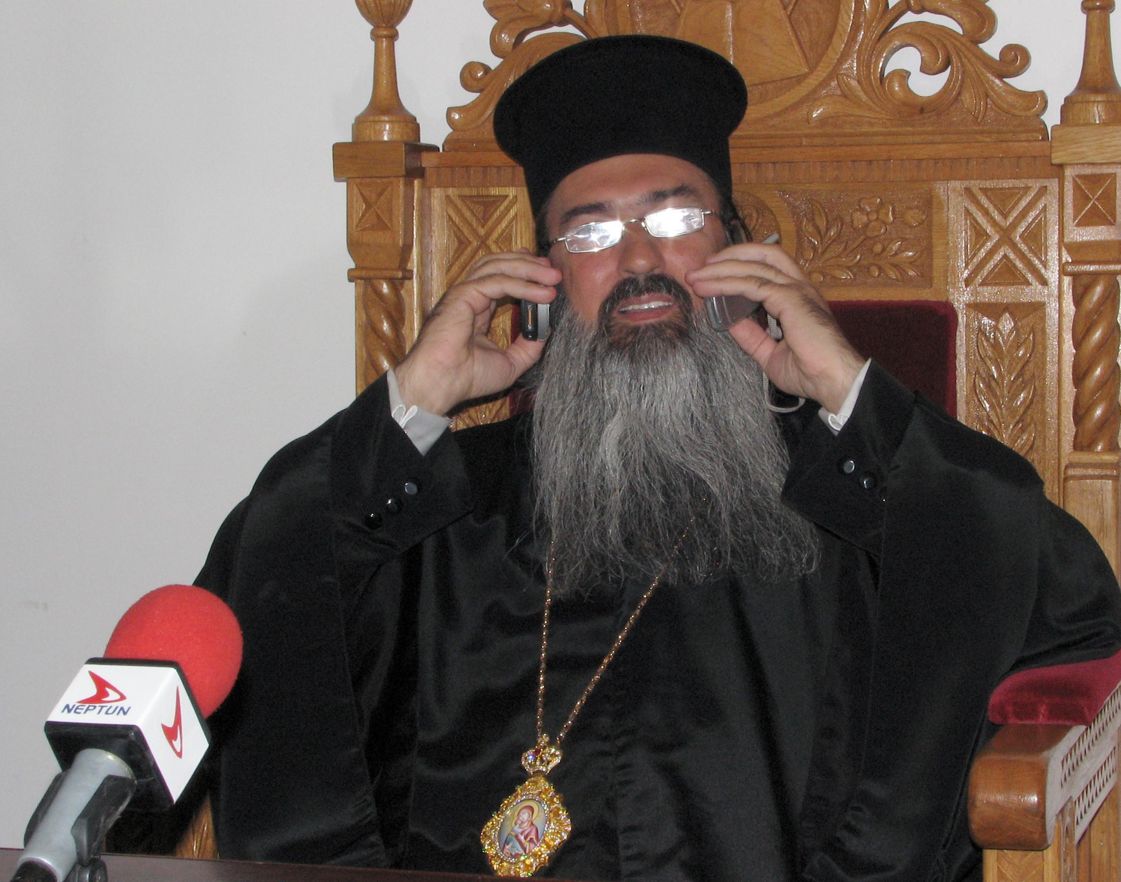 """Teodosie, criticat dur de Patriarhul Daniel pentru """"atitudine provocatoare"""" și """"duh de indisciplină şi de răzvrătire"""
