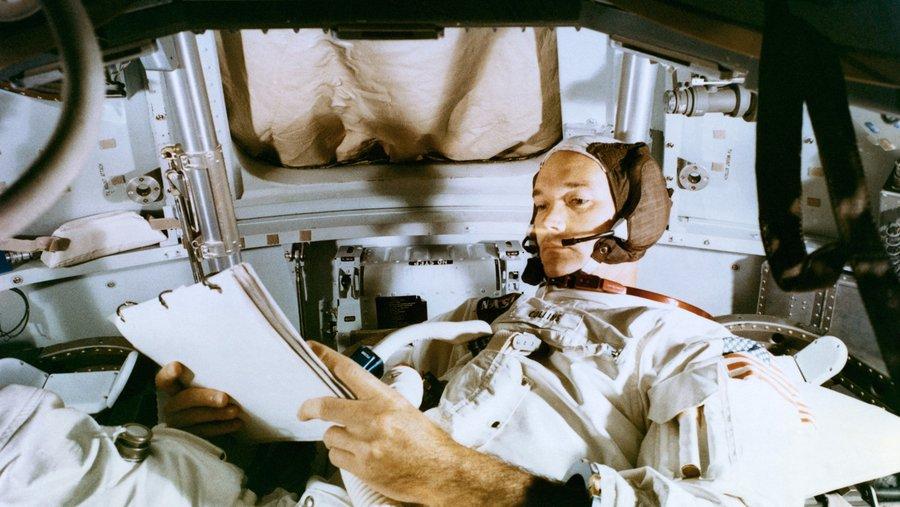 Astronautul american Michael Collins, care a participat la misiunea Apollo 11, a murit la vârsta de 90 de ani