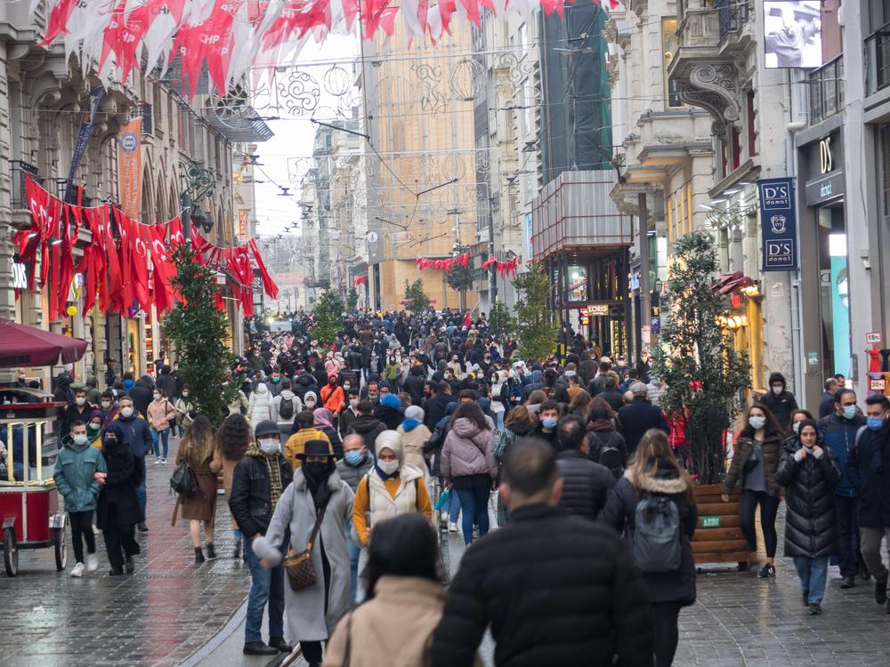 Turcia intră în primul lockdown total de la începutul pandemiei