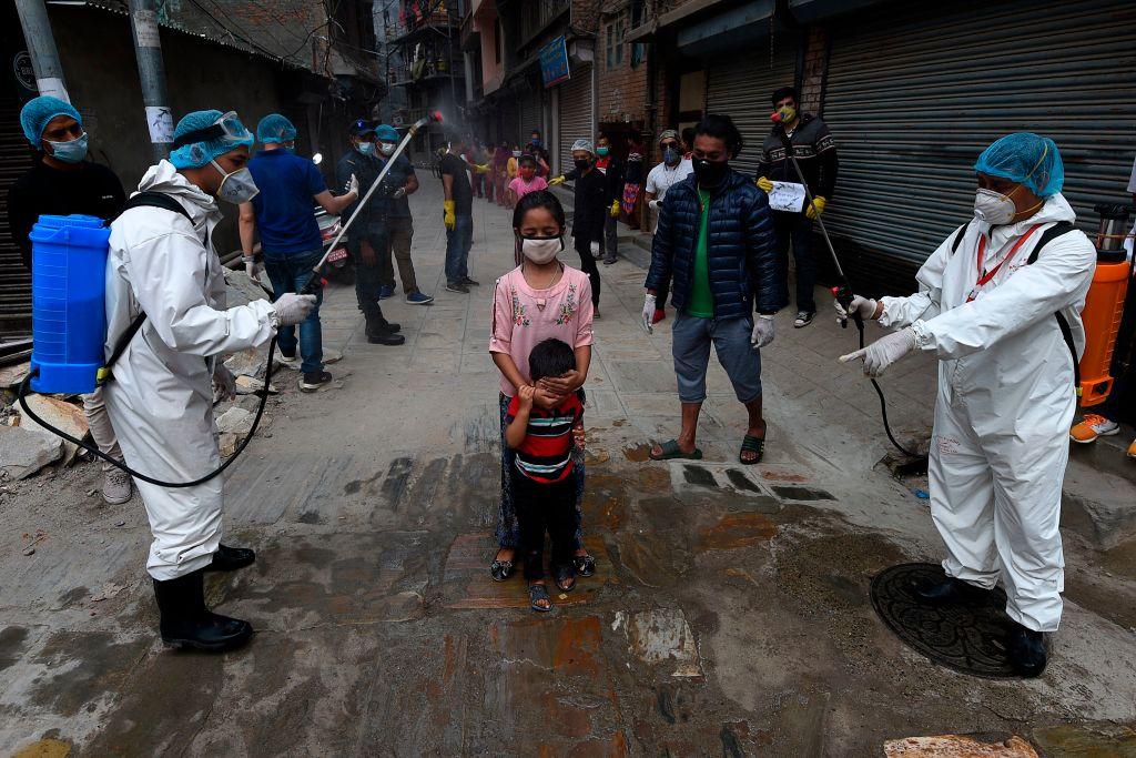 Capitala Nepalului, în lockdown. Închisoare pentru cei care încalcă restricțiile sau nu poartă mască