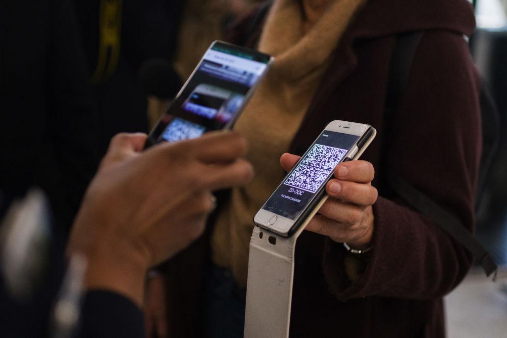 Samsung redevine cel mai mare producător mondial de smartphone, dar vânzările Xiaomi au explodat. Huawei s-a prăbușit
