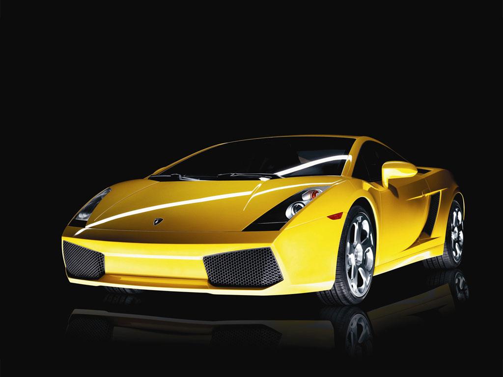 Pe vremuri de criza, Romania exporta Lamborghini, Bentley si Ferrari