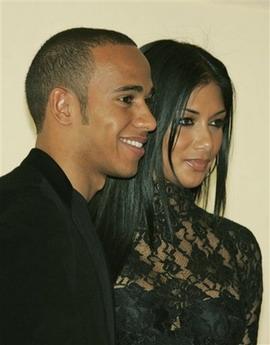 Nicole de la Pussycat Dolls si Lewis Hamilton si-au spus
