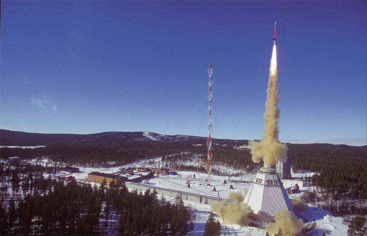 Noi tensiuni intre Ucraina si Rusia. Kremlinul a lansat sistemul avansat de rachete aeriene S-400 in Crimeea