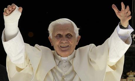Papa Benedict al XVI-lea s-a rugat pentru pacea in lume