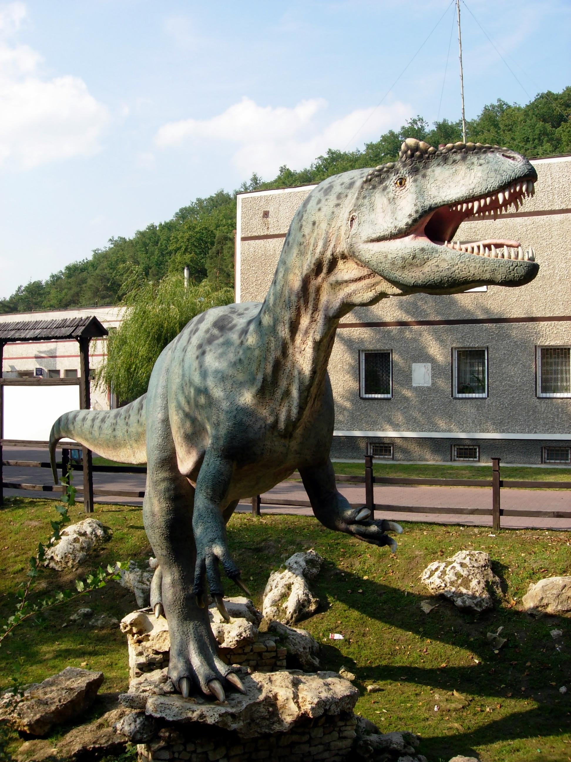 O expozitie inedita cu dinozauri robotizati, ajunge la Timisoara.Vezi cand ii poti vizita