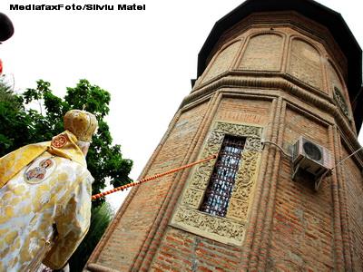 Stareta manastirii Agapia, acuzata de santaj de catre enoriasi