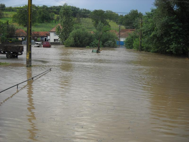 Garda Nationala americana, mobilizata ca sa tina piept inundatiilor