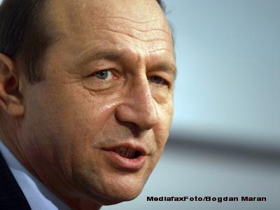 Presedintele cere schimbarea procedurii parlamentare de adoptare a legilor