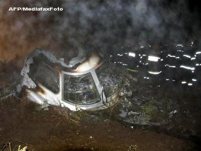 Un avion rusesc a luat foc si s-a prabusit. Sase persoane au murit