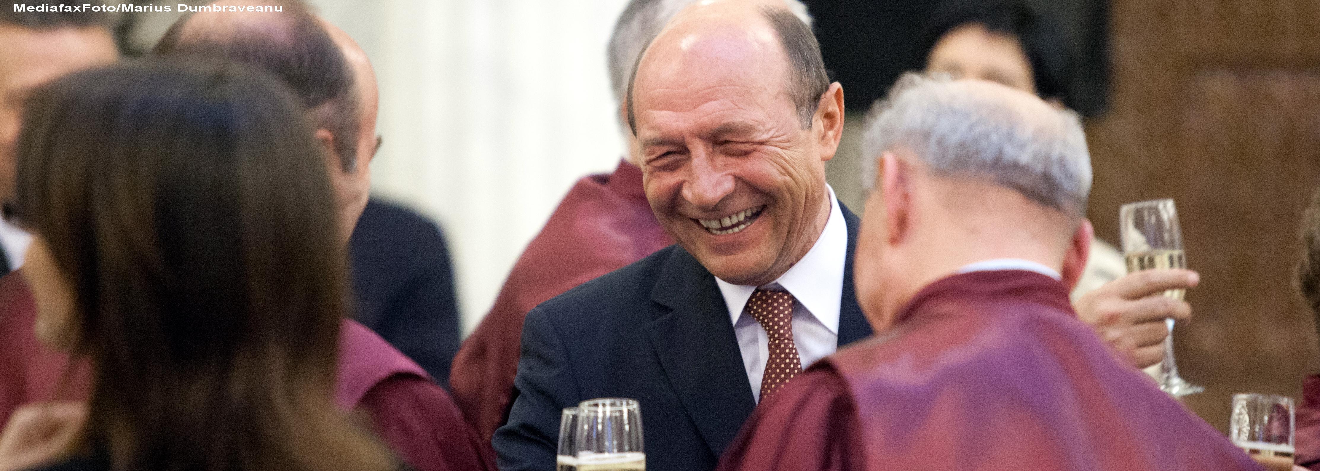 CCR a INVALIDAT referendumul. Traian Basescu ramane presedintele Romaniei si revine la Cotroceni