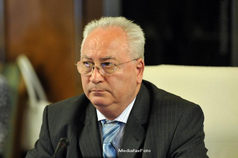 Hasotti: Geoana e singurul vinovat pentru realegerea lui Basescu. Sa elibereze vila RA-APPS