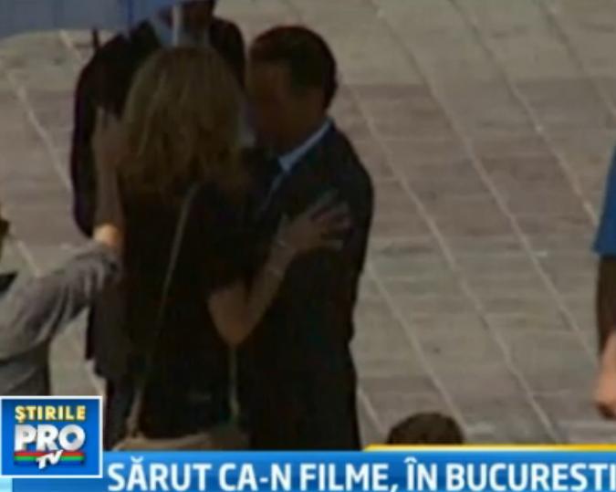 Sharon Stone si Andy Garcia, doi indragostiti in Piata Constitutiei. Actorii filmeaza in Romania