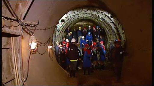 Spectacol pirotehnic la inaugurarea noului tunel al Hidroelectrica.