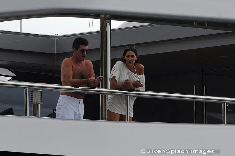 Simon Cowell se pregateste sa-si ceara fosta amanta in casatorie, anunta presa din SUA