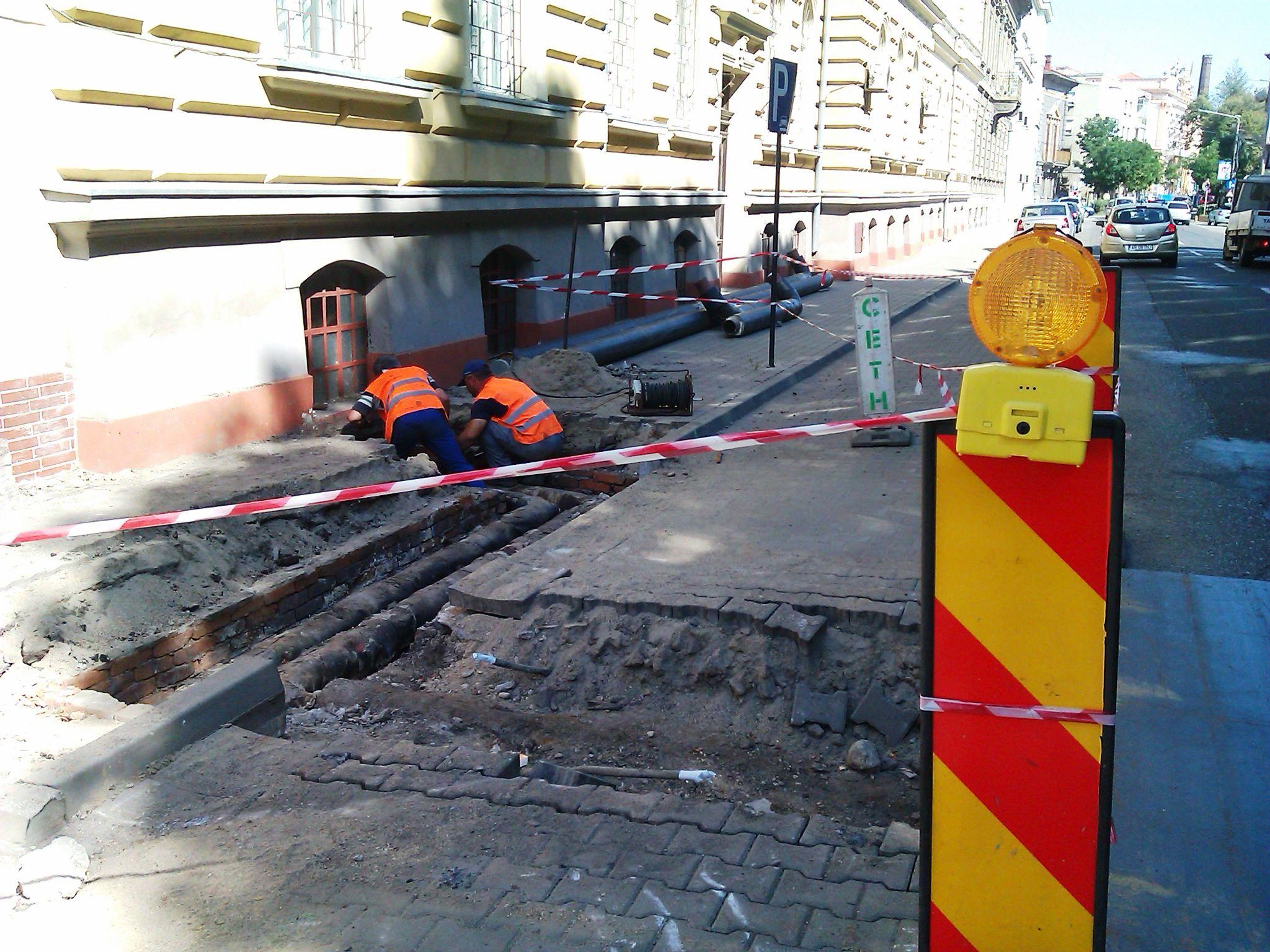 Bulevardul Dragalina, reabilitat in urma cu doi ani, din nou in santier. Ce scuza are Primaria Arad
