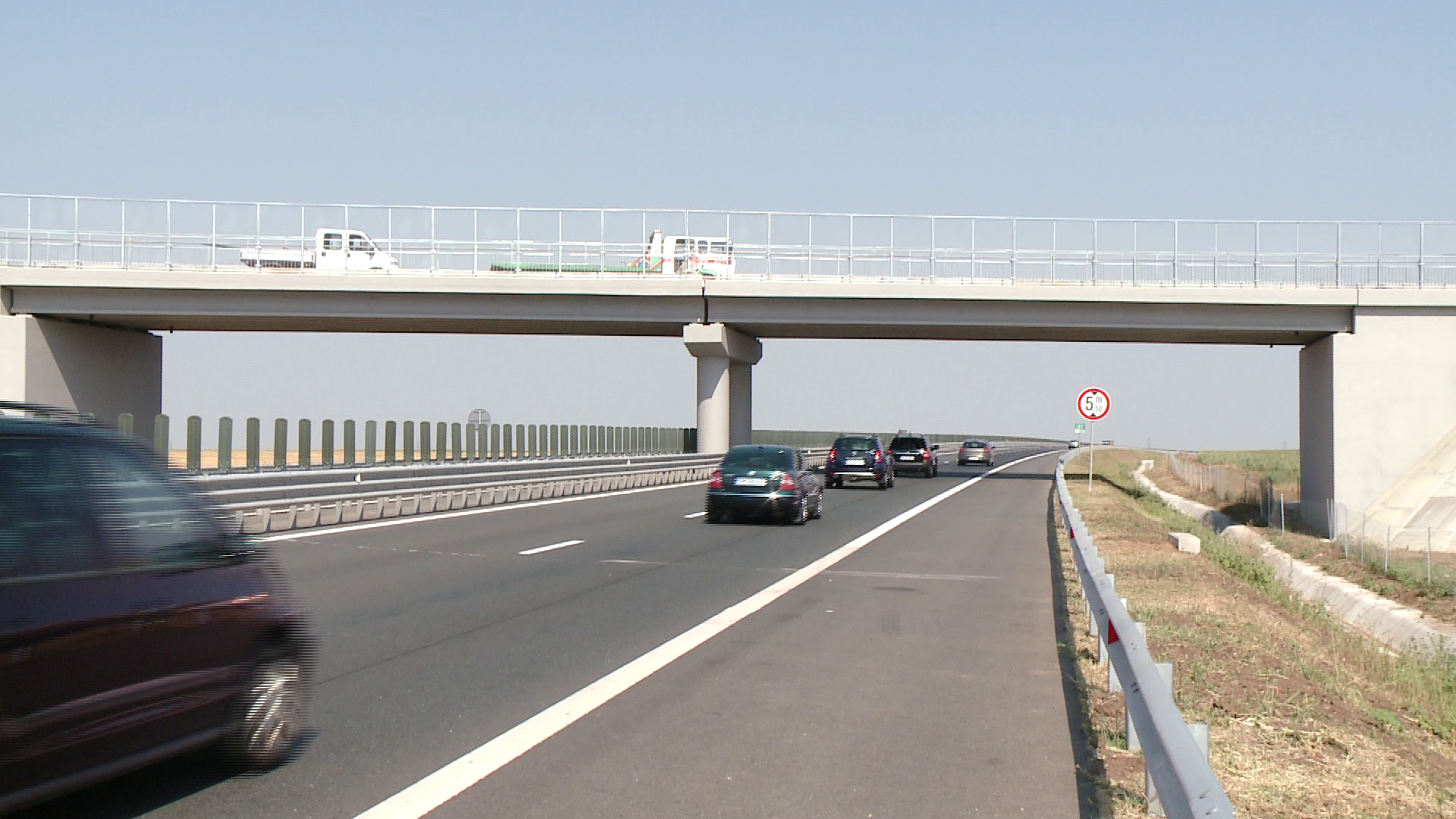 S-au tras focuri de arma pe autostrada Arad-Timisoara. Afla ce s-a intamplat noaptea trecuta