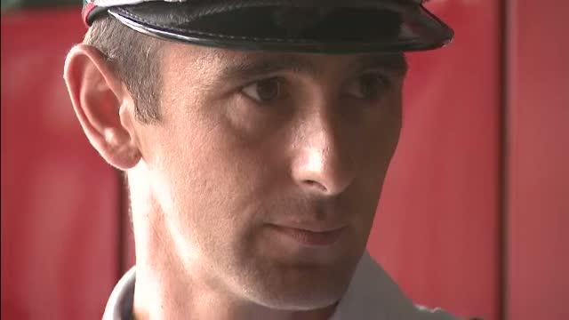 Povestea pompierului din Giurgiu care salveaza vieti si in timpul liber, sub ochii familiei sale