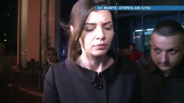 Monica Gabor a ajuns in tara, vineri noaptea. A plecat direct la Bacau, la priveghiul mamei ei
