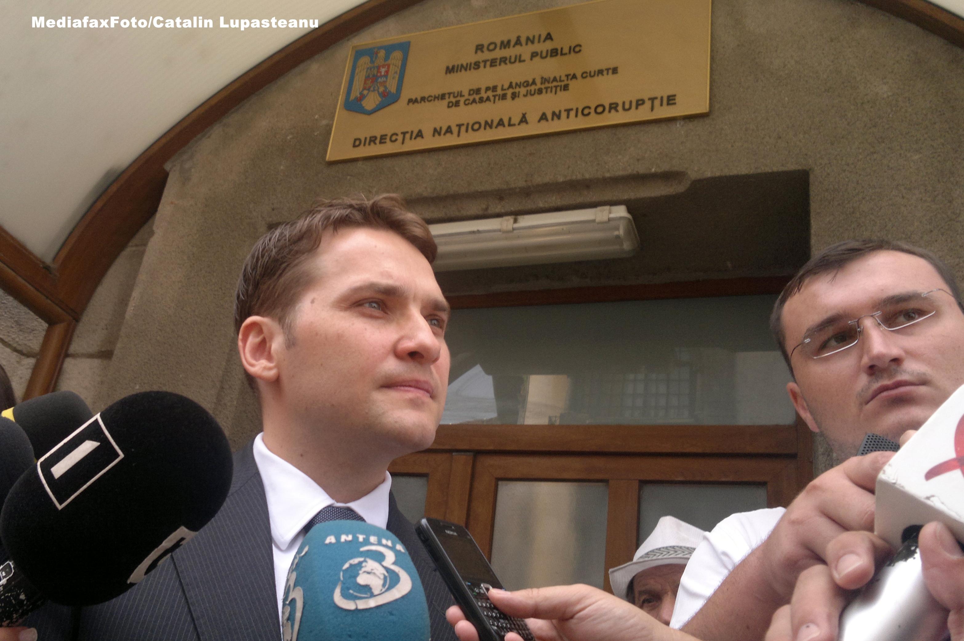 Ministrul delegat Dan Sova a fost audiat la DNA pentru lipsa contractului cu Bechtel