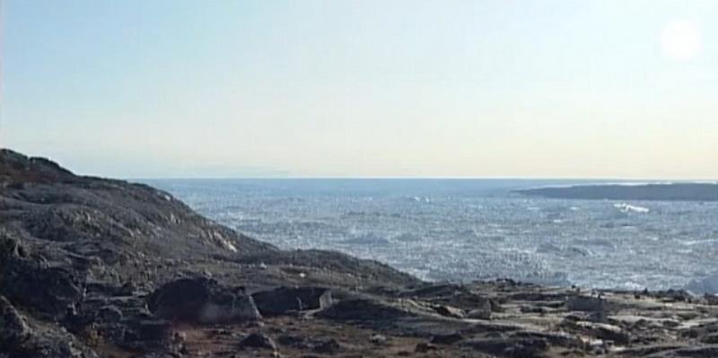 Oamenii de stiinta au descoperit un canion ascuns sub gheata din Groenlanda