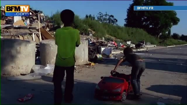 Mai multi tigani romani, arestati in Marsilia pentru trafic cu bebelusi. Un copil: 10.000 de euro