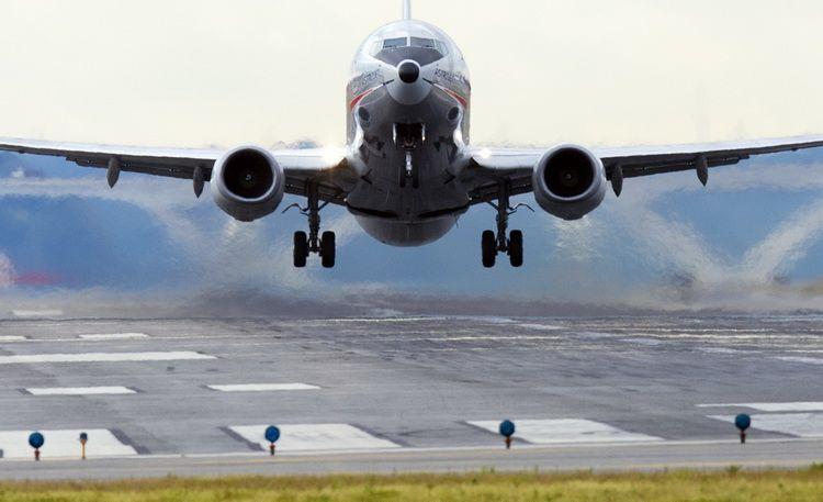 Spatiul aerian al Londrei a fost redeschis, dupa trei ore. Numeroase avioane au inregistrat intarzieri importante