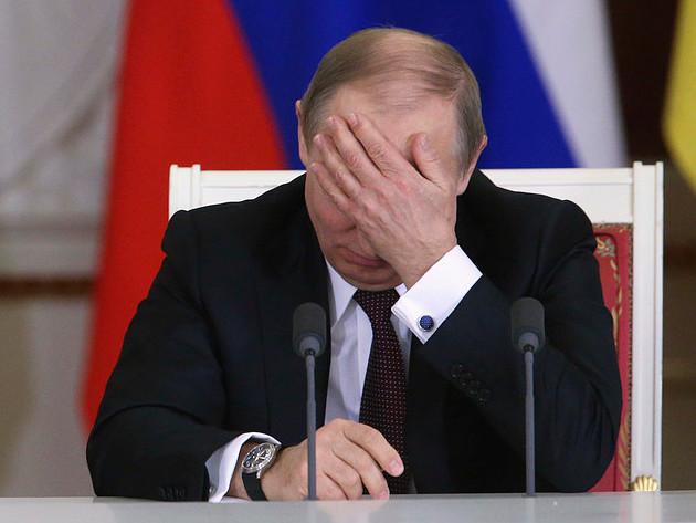 Vladimir Putin a demis 18 oficiali din ministerele Apararii si Internelor. Presa din Ucraina vorbeste de un complot