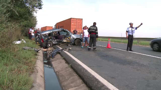 Bilantul unui accident grav petrecut in apropiere de Cernavoda: un mort si sapte raniti, printre care si doi copii