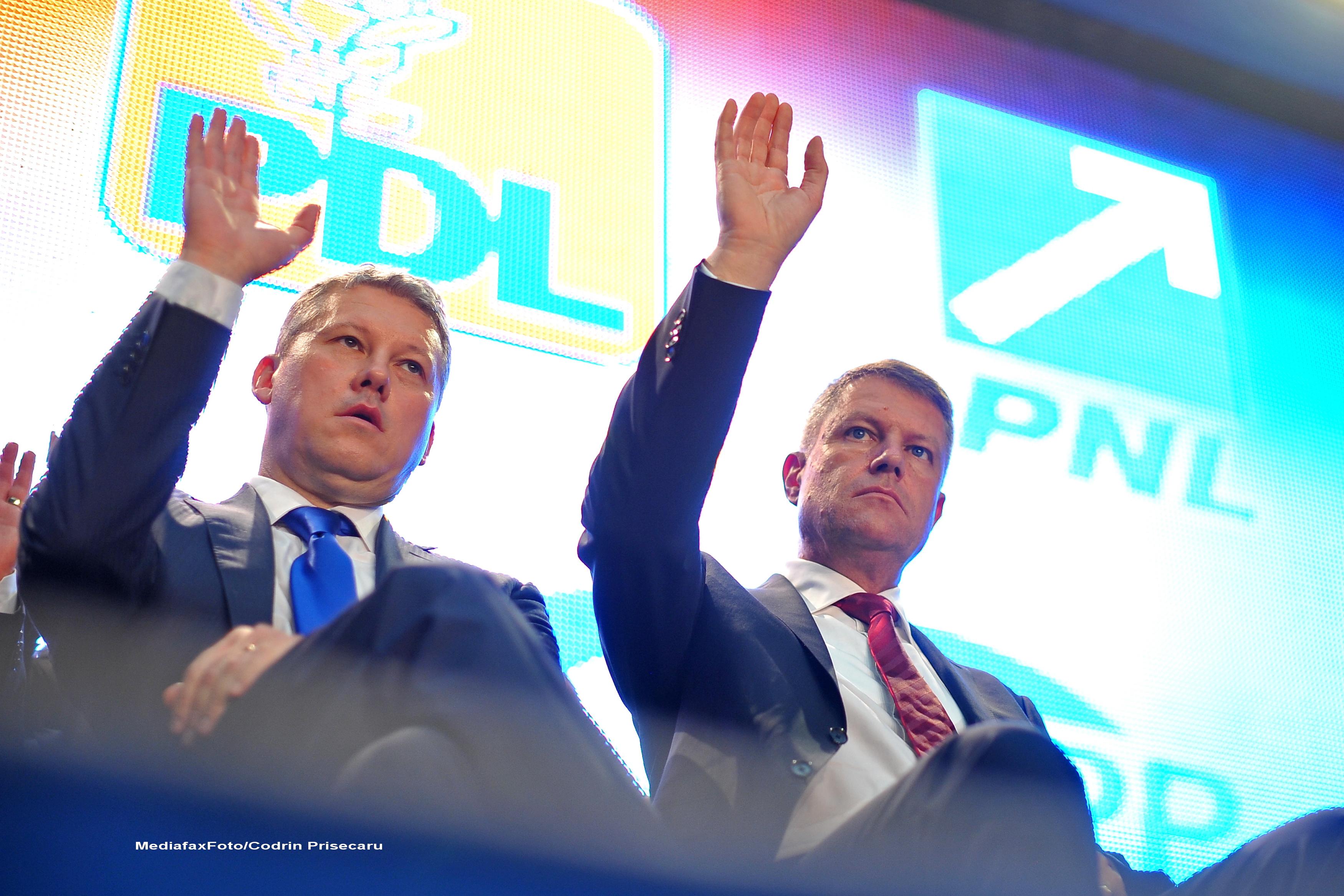 Vasile Blaga a anuntat desemnarea lui Catalin Predoiu drept candidat pentru functia de premier