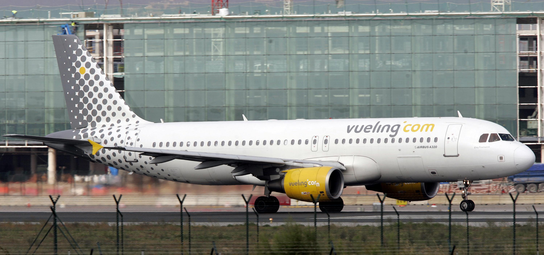 Un avion a luat foc la aterizarea pe aeroportul din Florenta. Care este starea celor 121 de pasageri