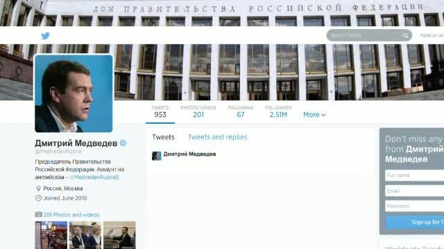 Contul de Twitter al premierului rus, Dmitri Medvedev, a fost spart. Ce mesaj a fost postat pe retea, in numele sau