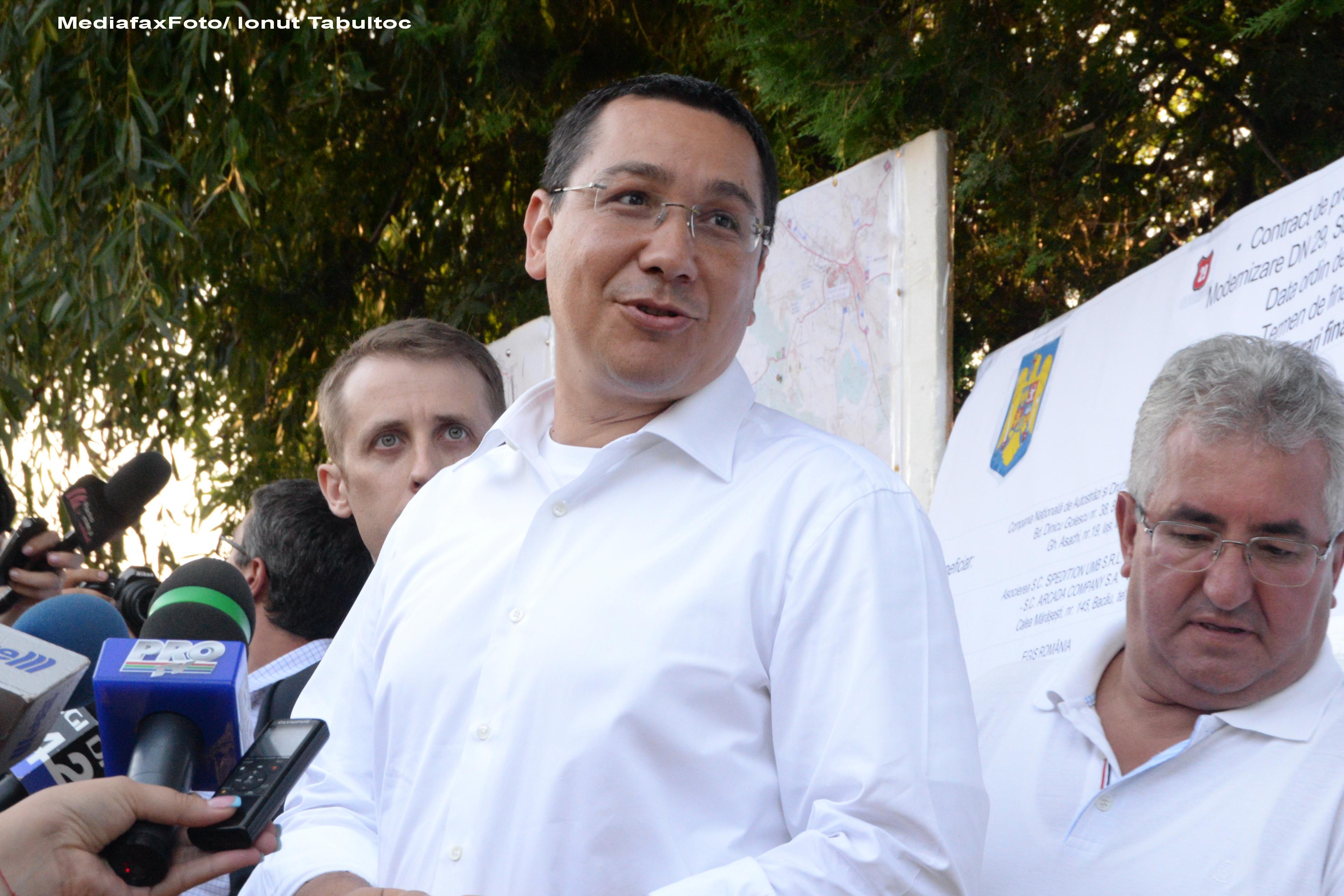 Victor Ponta: Monica Macovei a spus din greseala ca seamana cu Nelson Mandela, a vrut sa spuna Ana Pauker