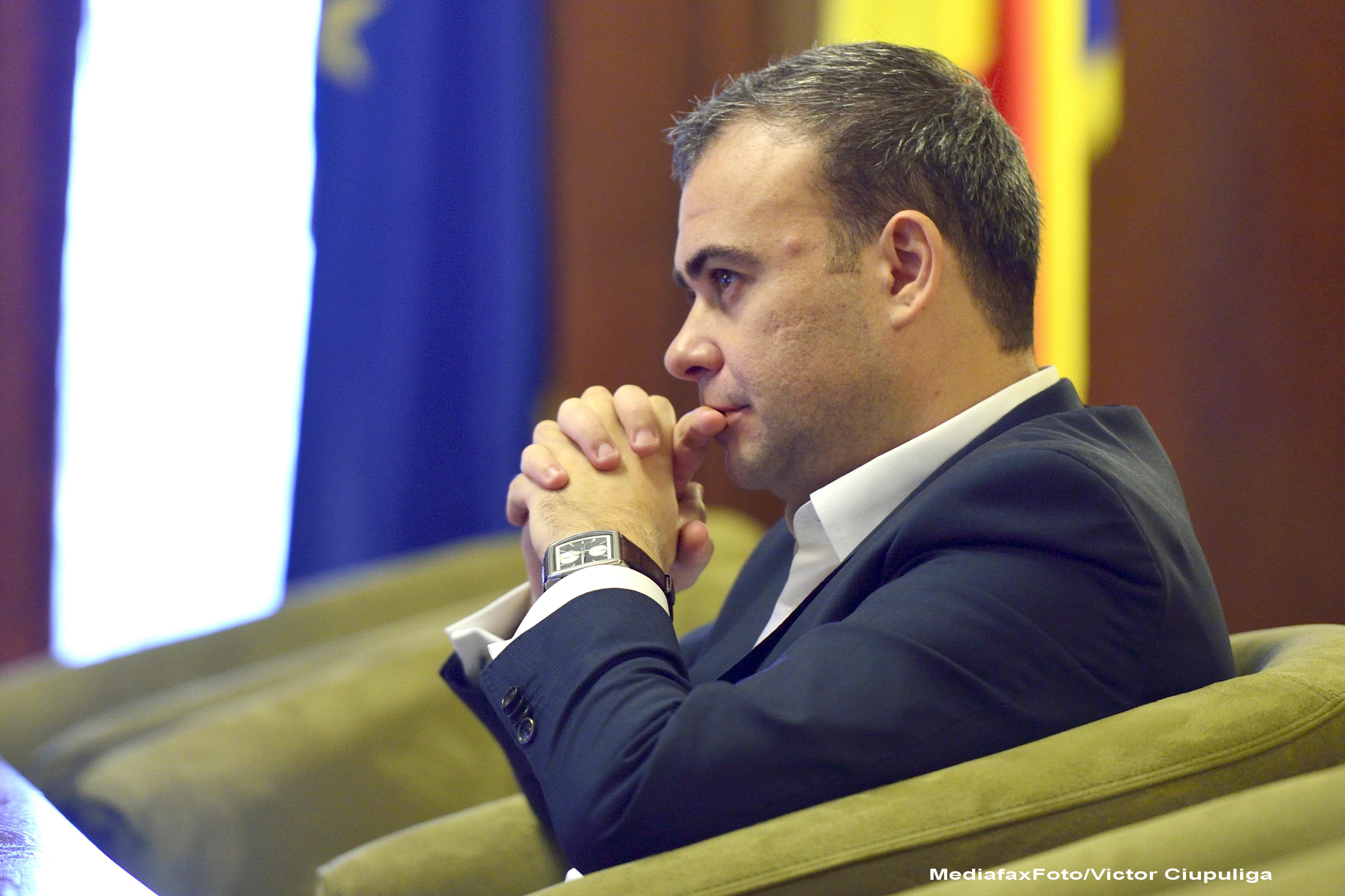 Cine este Darius Valcov, un fost membru marcant al PDL, propus de Ponta pentru functia de ministru delegat al Bugetului