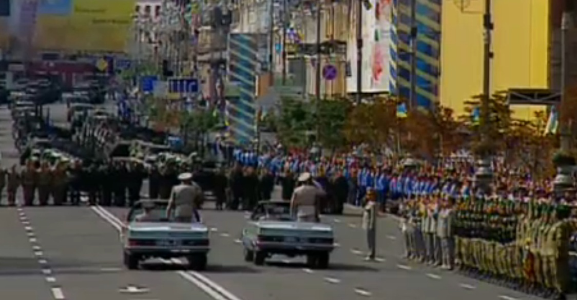 Criza din Ucraina. Ziua Independentei, sarbatorita cu o parada militara. Cinci persoane care pregateau atentate, arestate
