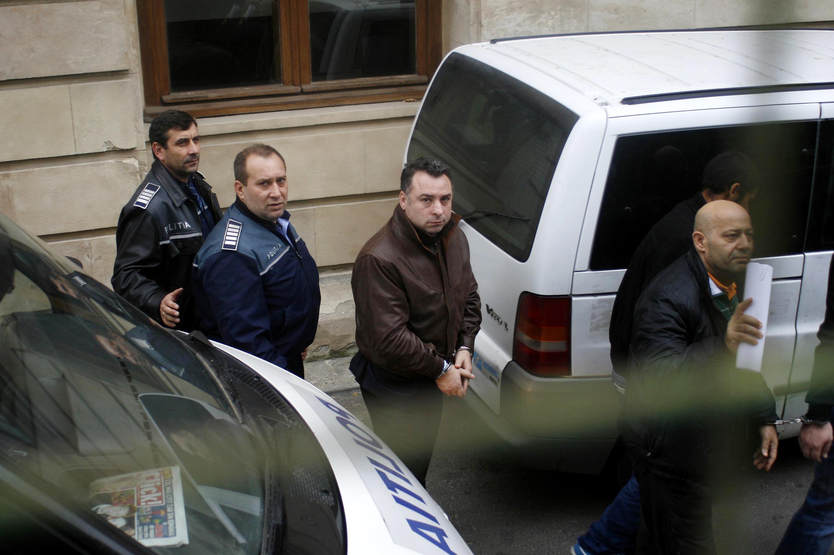 Primarul din Navodari, Nicolae Matei, a fost retinut de DNA intr-un al doilea dosar de coruptie