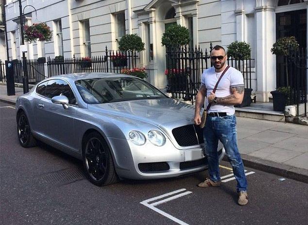 Roman pus sub acuzare la Londra, dupa ce a lovit mortal cu Bentley-ul sau un tanar gradinar, apoi a fugit de la locul faptei