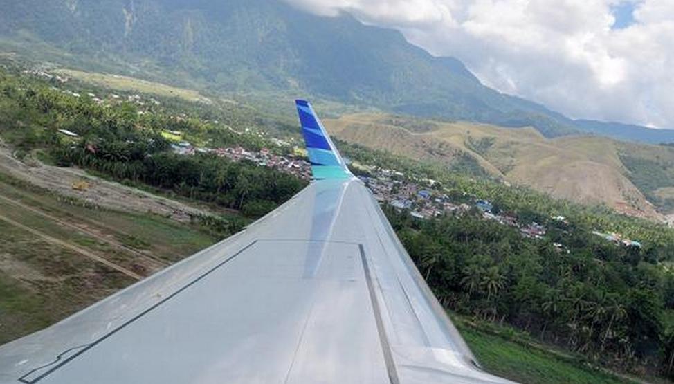 Cadavrele pasagerilor de la bordul avionului indonezian, descoperite in jungla. Echipele de cautare au recuperat cutia neagra