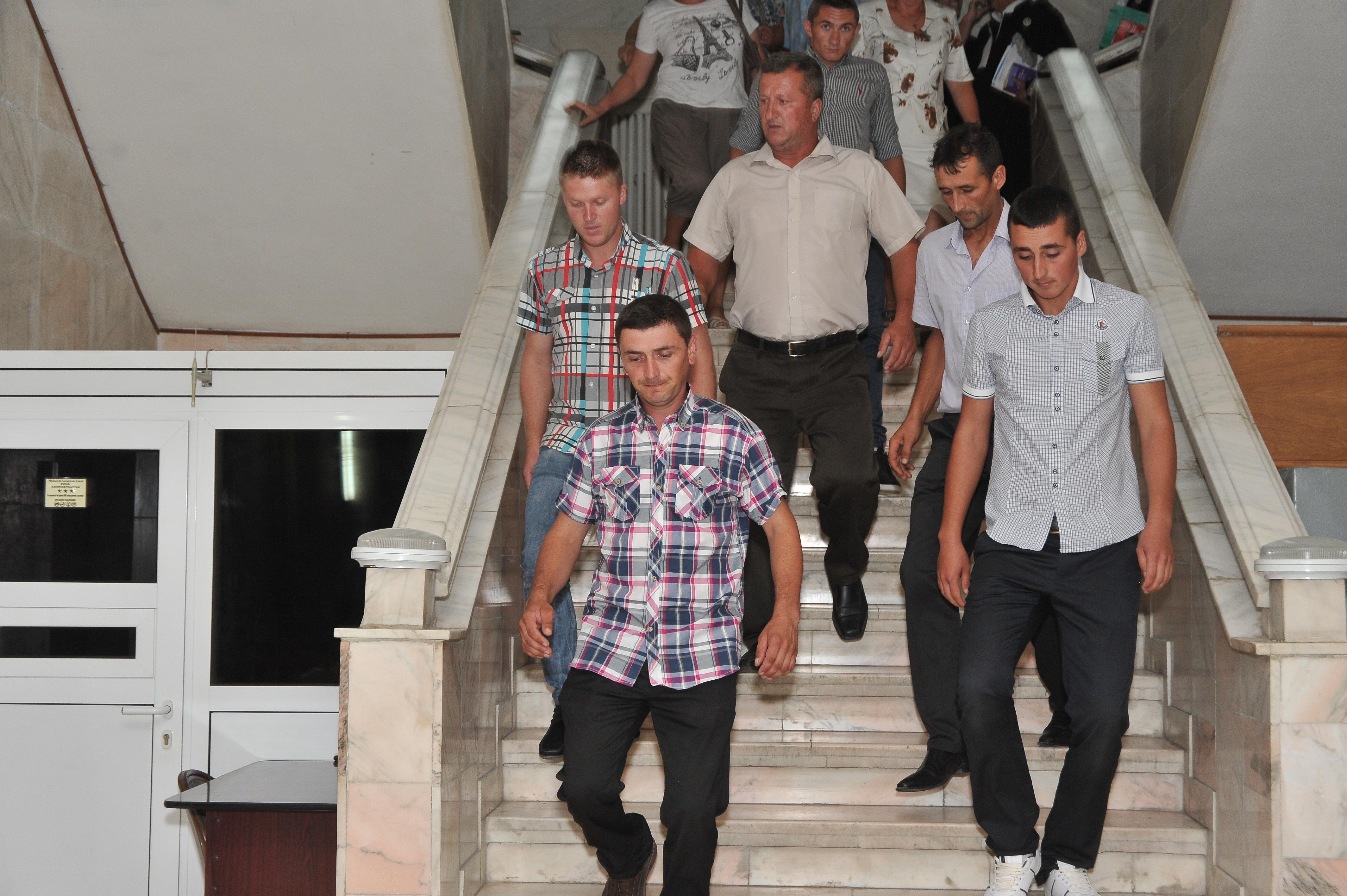Cei 7 violatori au fost mutati la Penitenciarul Vaslui. Ce urmeaza dupa cele 21 de zile in care vor sta in carantina