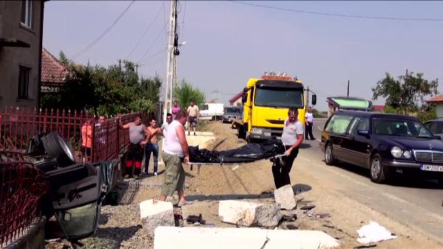 Durere fara margini in localitatea Ratesti din Satu Mare. Patru dintre cei 6 tineri morti intr-un accident, inmormantati