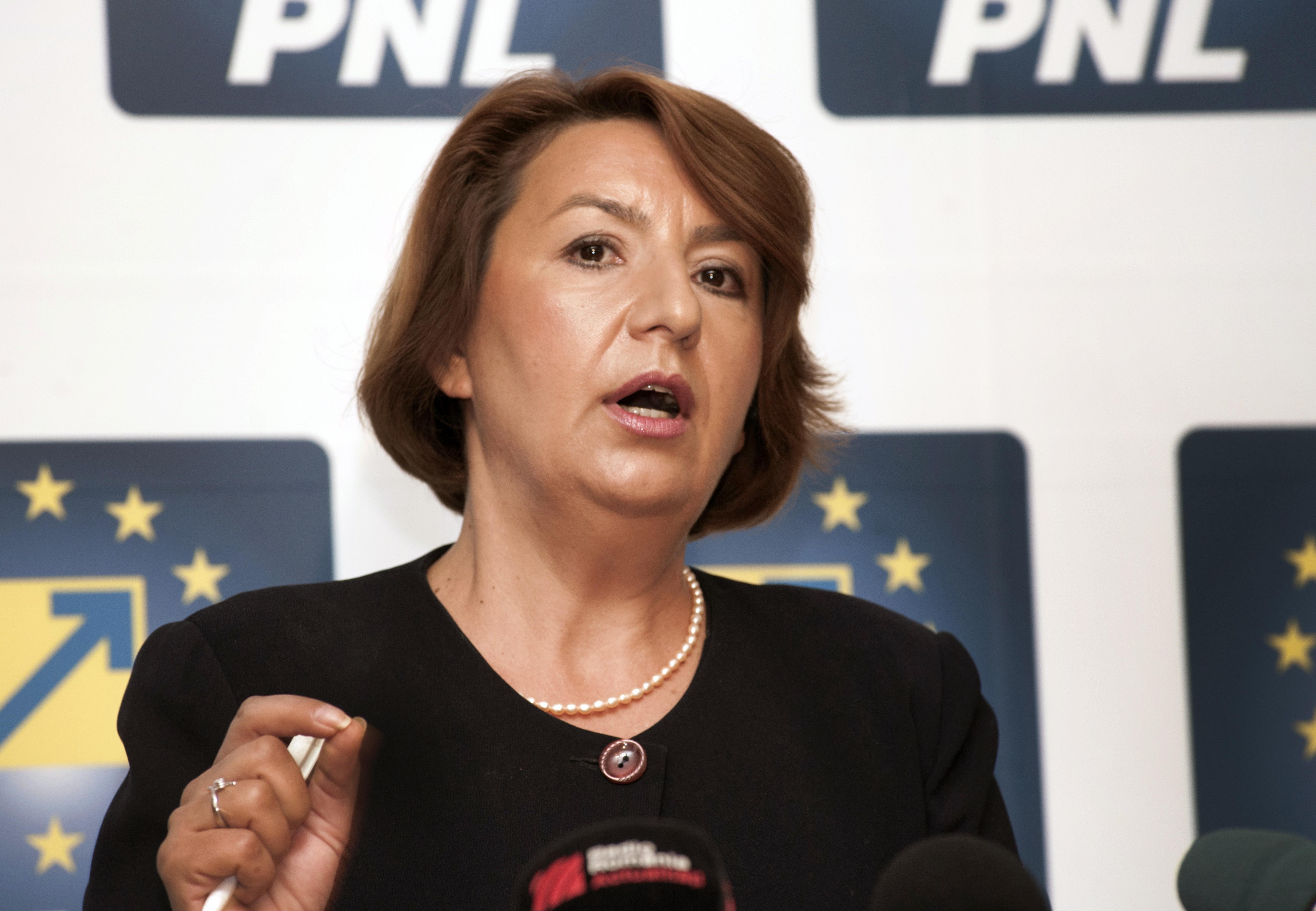 Sulfina Barbu: Guvernul pregateste o Ordonanta care scumpeste carburantii, reciclarea deseurilor si bauturile alcoolice