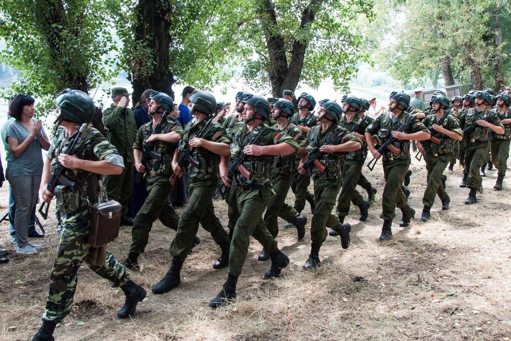 Rusia simuleaza invadarea Republicii Moldova, intr-un exercitiu militar desfasurat in Transnistria. Reactia Chisinaului