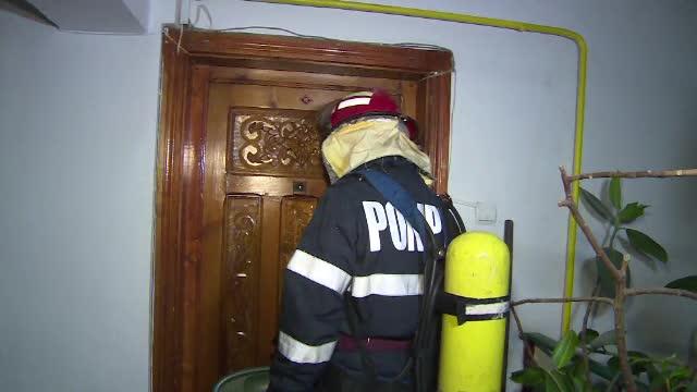 Garsoniera unei femei din Agigea a luat foc de la o lumânare aprinsă