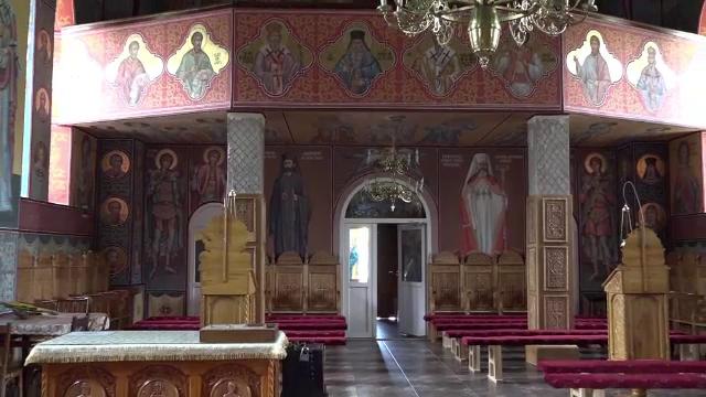 Descoperire socanta, la poarta unei manastiri din Salaj. Maicutele au gasit un bebelus de 4 luni, abandonat in tomberon